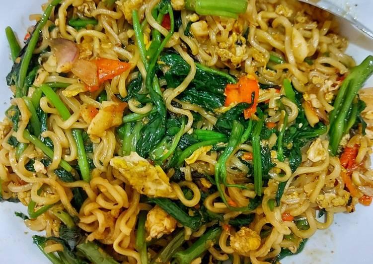 Resep Mie kangkung belacan (simple)