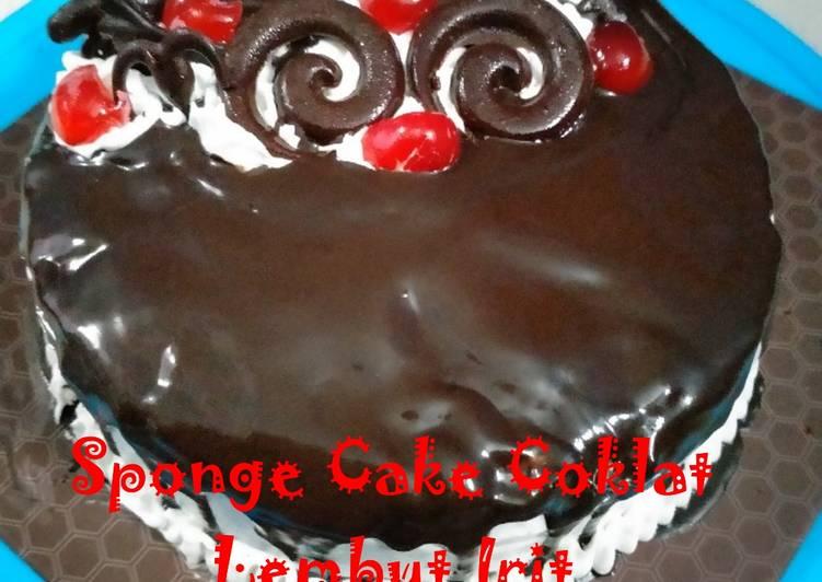 Resep Sponge Cake Coklat Lembut Irit 4 Telur