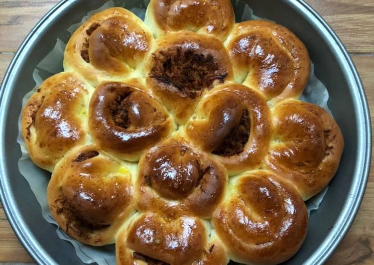 Resep Roti Bunga Abon Ayam - ROTI EMPUK LEMBUT (1)