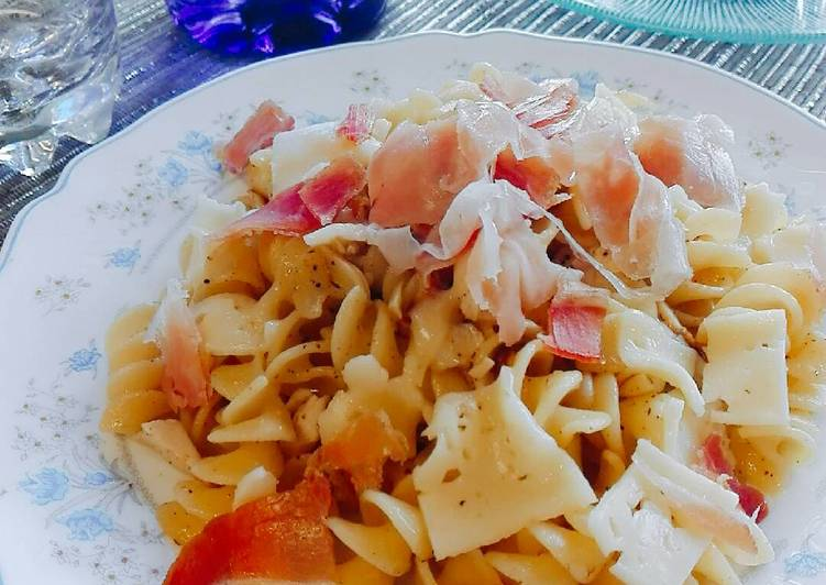 Resep Fusilli oglio olio with cheese and ham
