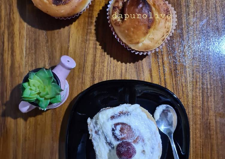 Resep Cinnamon Roll Cheese Frosting