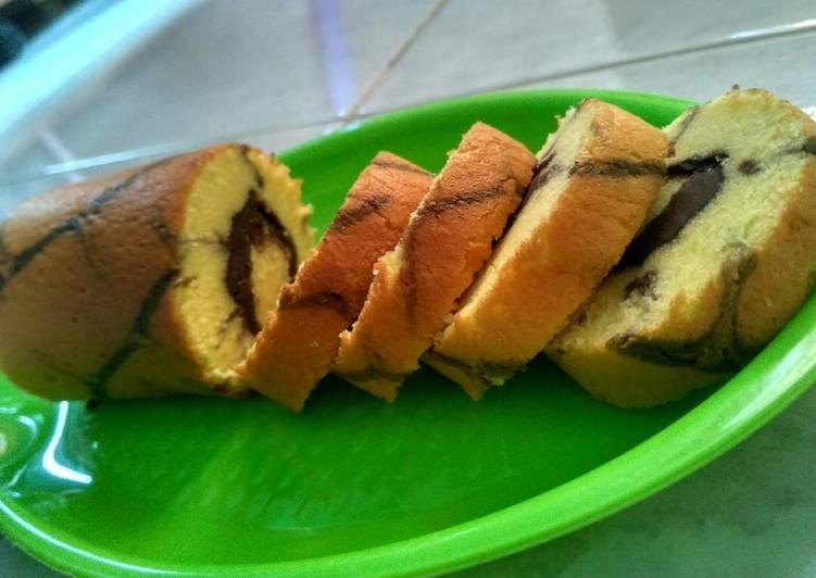 Resep Bolgul ekonomis (roll cake) metode All in one #beranibaking