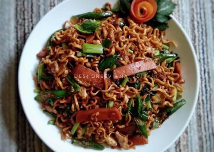 Resep Mie goreng smoke beef simpel