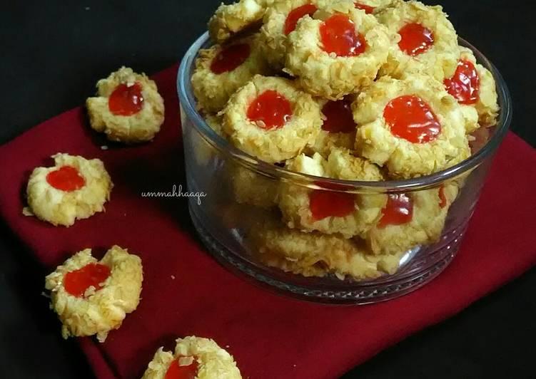 Resep Strawberry Thumb Print Cookies #KamisManis