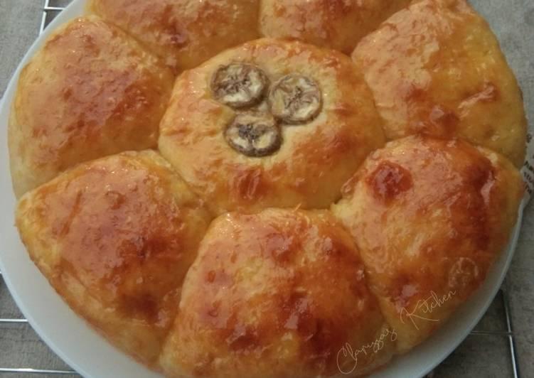 Resep Roti sobek kentang isi pisang caramel