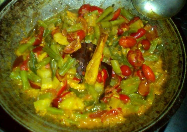 Resep Tumis buncis & kulit melinjo masak santan