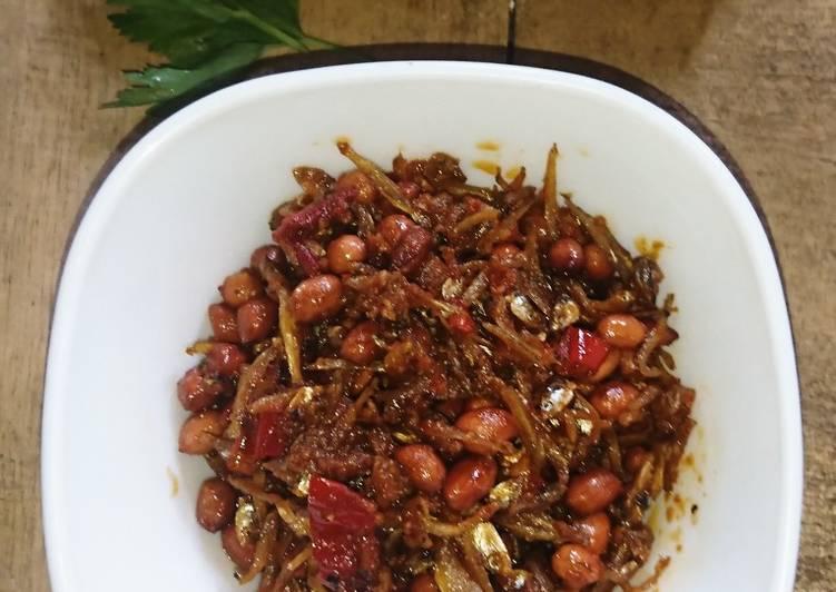 Resep Balado teri kacang