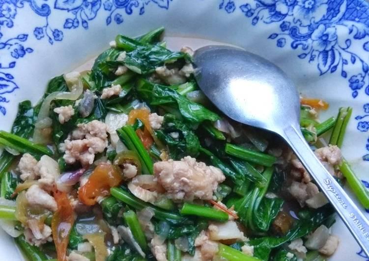 Resep Sawi hijau cah ayam giling saus tiram