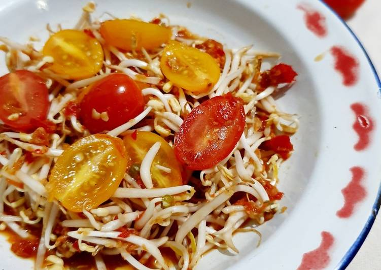 Resep Reuceuh Toge Tomat