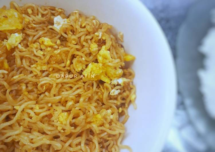 Resep Mie Goreng Telor (Menu Sahur Paling Simple)