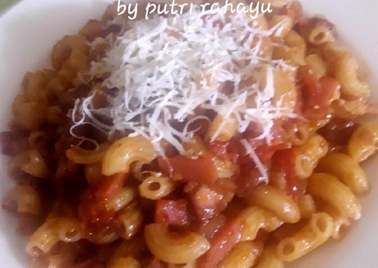 Resep Macaroni with red saos