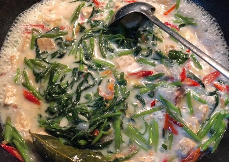 Resep Kangkung di lodeh