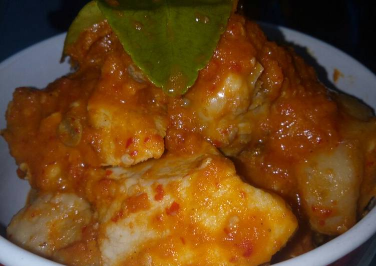Resep Ayam Bumbu Rujak Extra Pedas