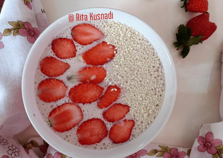 Resep Strawberry Smoothie (Smoothie merdeka)