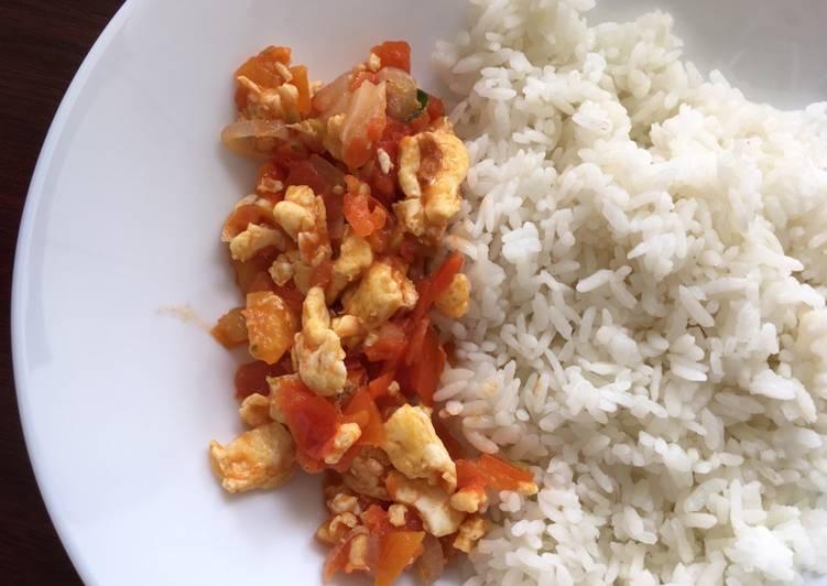 Resep Telur cah tomat trio bawang hanya menit