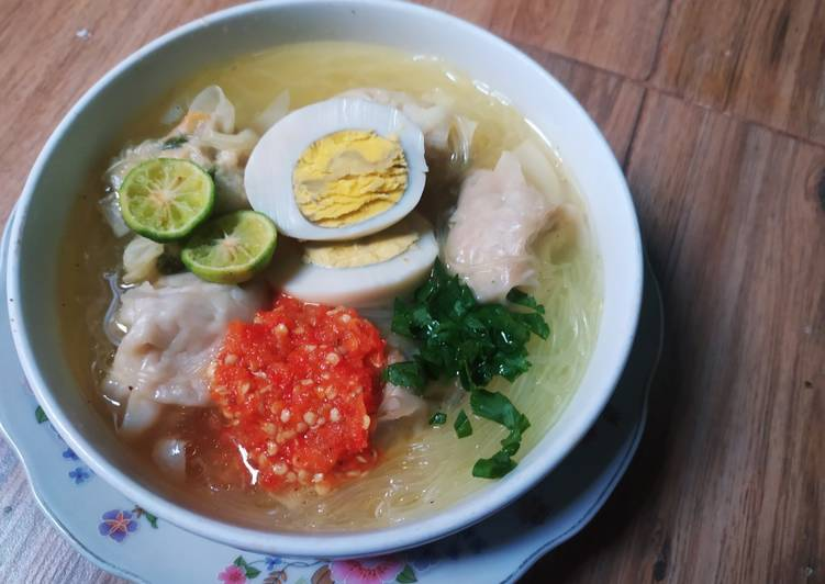 Resep 22.Sup pangsit kuah bakso