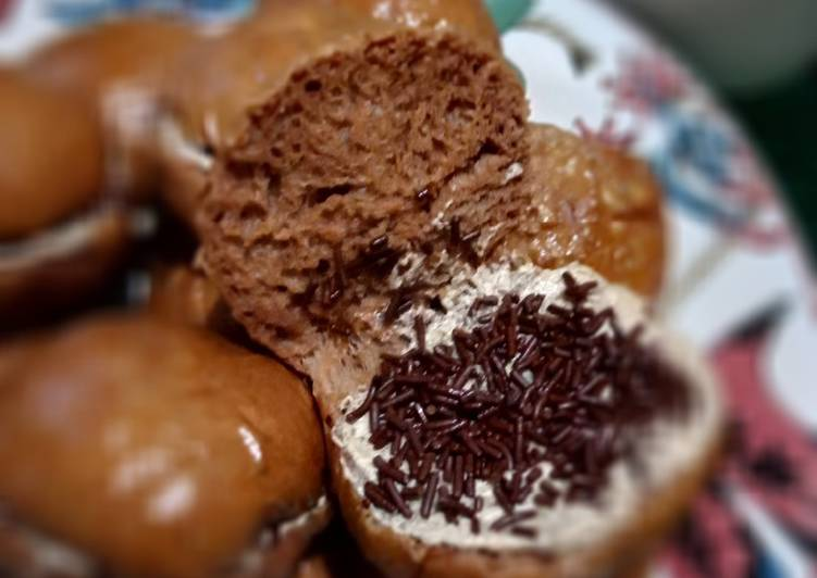 Resep Roti isi meises with coffe butter cream