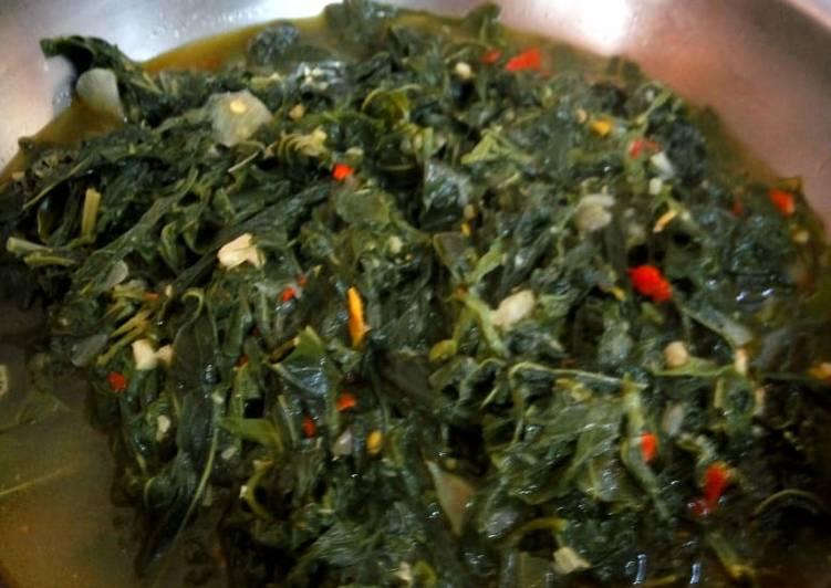 Resep Oseng daun singkong kuah pedas