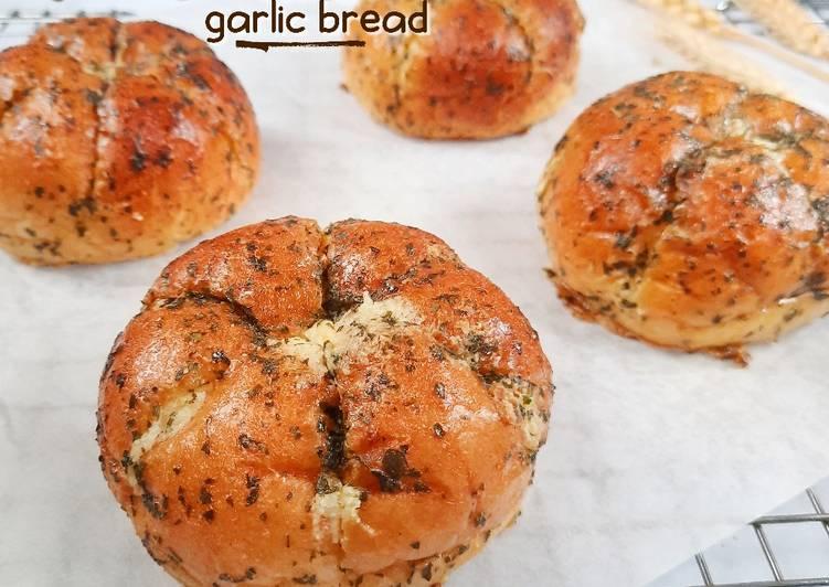 Resep Korean Cream Cheese Garlic Bread