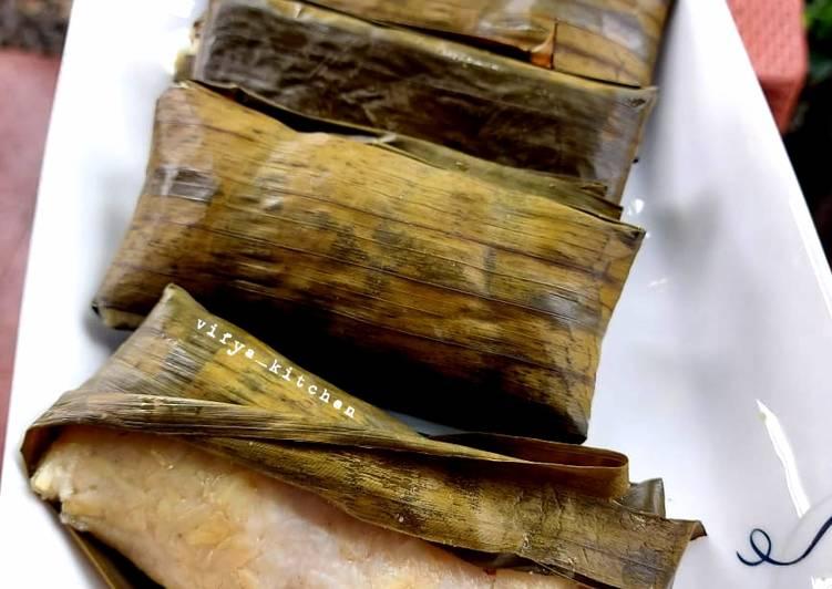 Resep Buras aka Nasi Bungkus Manado