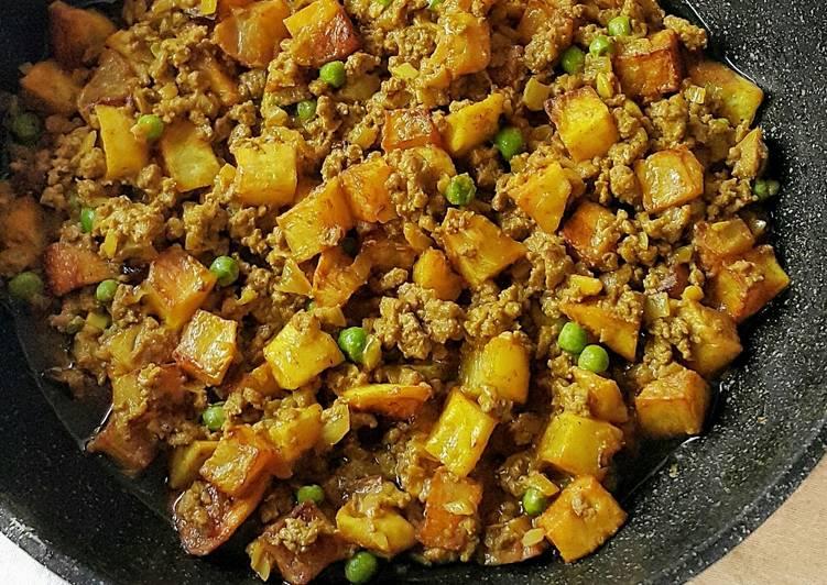 Resep Ground Beef and Potato Curry (Kari Daging Cincang dan Kentang)