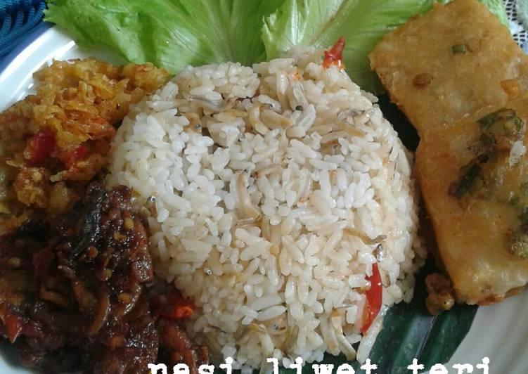 Resep Nasi Liwet Teri (Pake Magiccom)