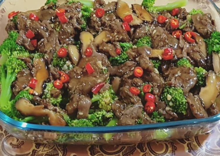 Resep Brokoli cah sapi hioko