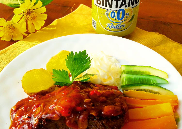 Resep Beef Steak with Bolognese Sauce (Homemade)