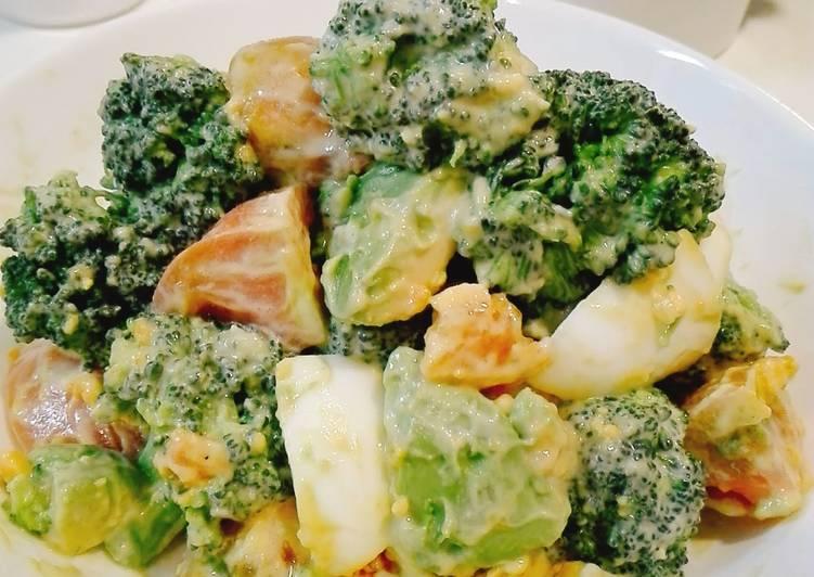 Resep Avocado Broccoli Salad Mayones untuk dinner