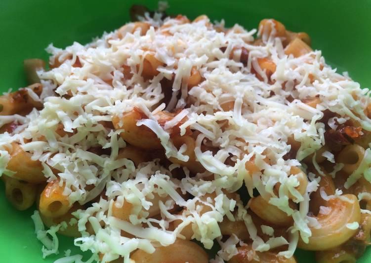 Resep Makaroni Bolognese Keju