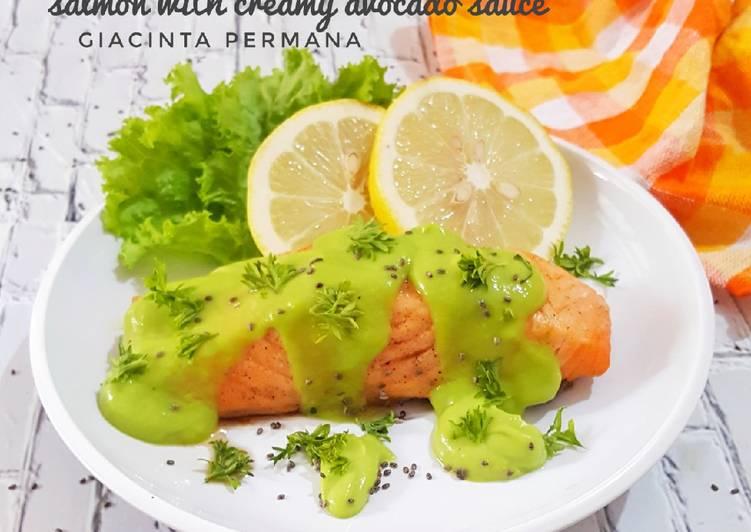 Resep Salmon with Creamy Avocado Sauce