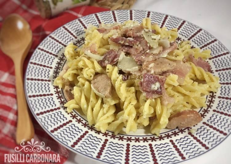 Resep Fusilli Carbonara dengan ham dan sosis - menu pasta carbonara