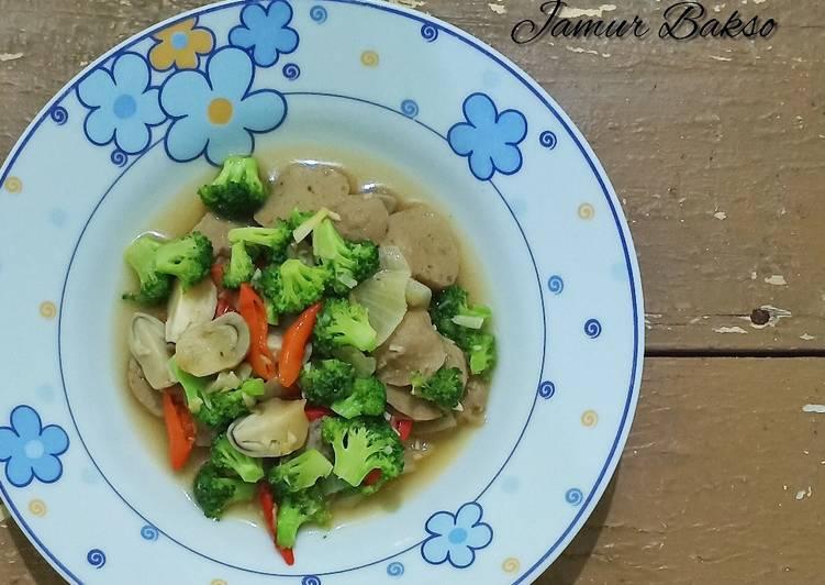 Resep Tumis Brokoli Jamur Bakso