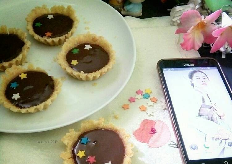 Resep Biscuit Pie with Chocolate Vla (#postingrame2_cakenomixer)