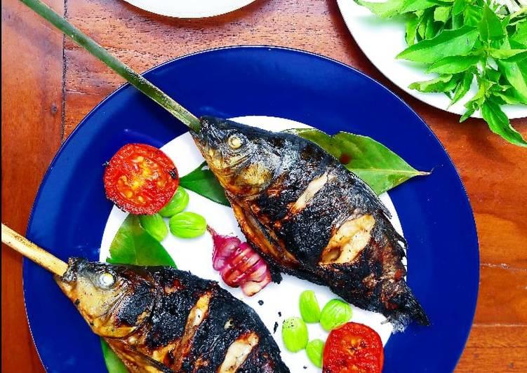 Resep Grilled Goldfish (Ikan Mas Bakar)