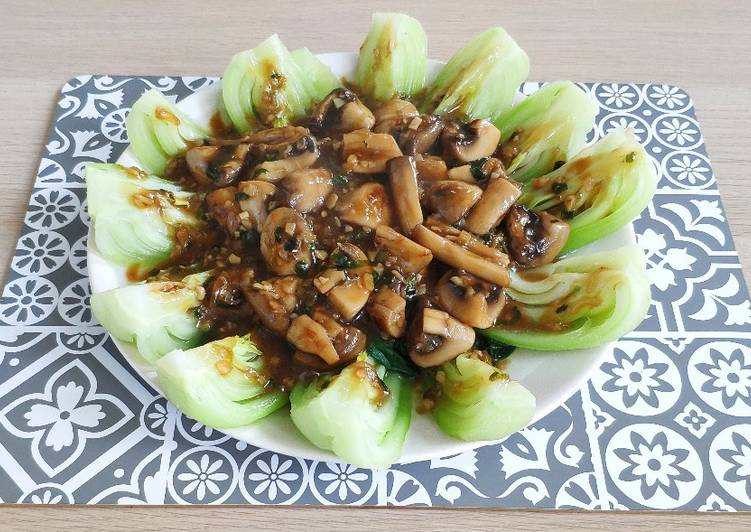 Resep Bok Choy and Mushrooms in Oyster Sauce