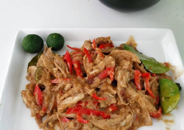 Resep Ayam Suwir Santan Gurih Pedas