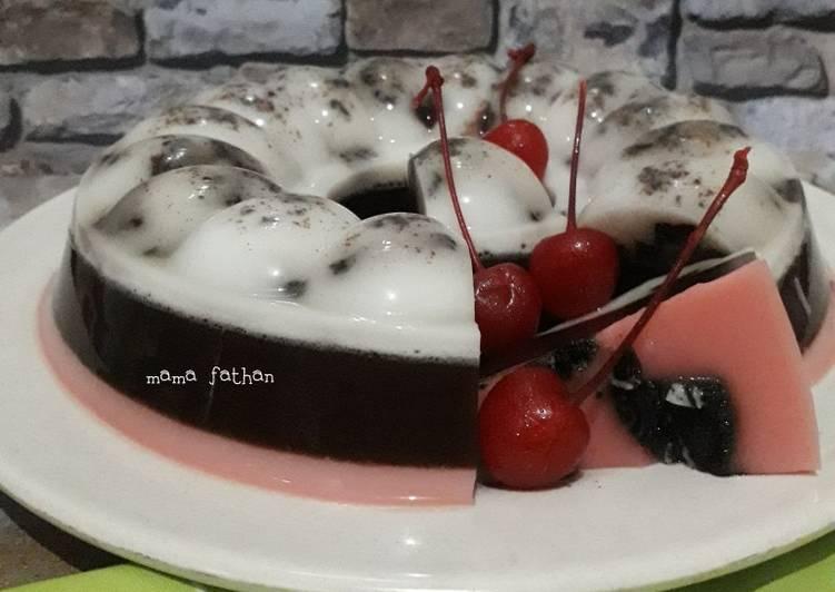 Resep Puding oreo coklat stroberi aka puding neapolitan
