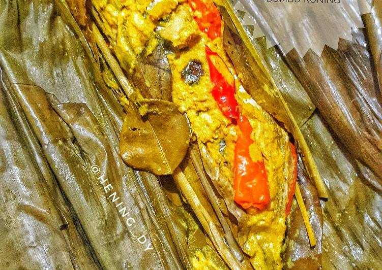 Resep Pepes Ikan Kembung Bumbu Kuning