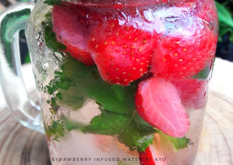 Resep Strawberry Infuse Water