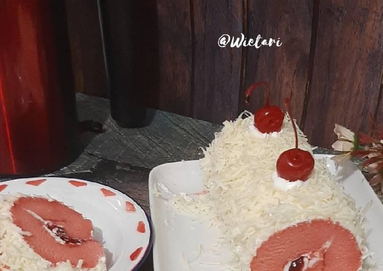 Resep Strawberry Roll Cake