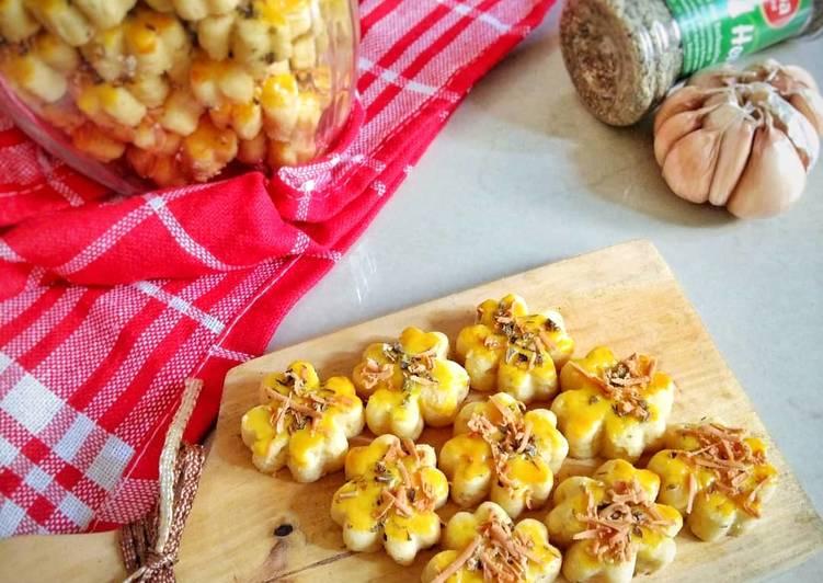 Resep Garlic&cheese cookies