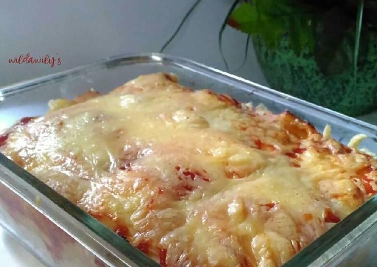 Resep Cheesy Sausage Roll Bread (Roti Gulung Sosis Keju)