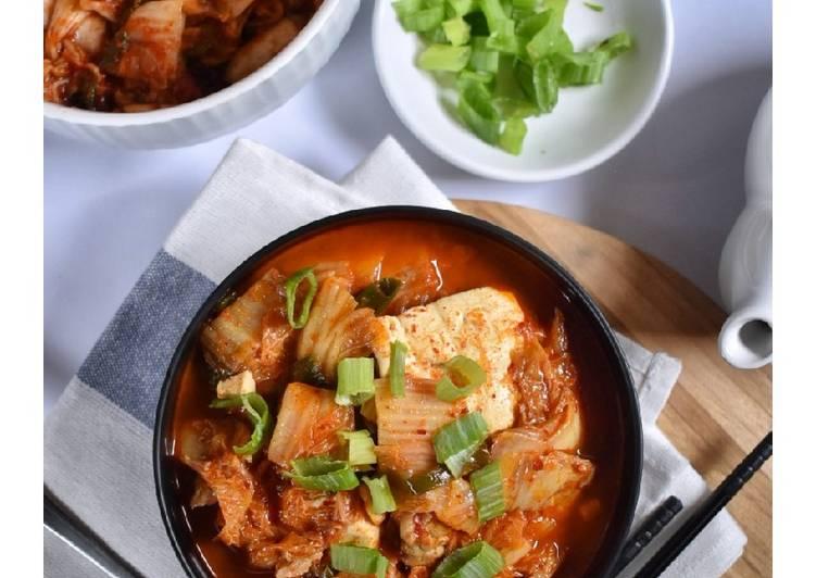 Resep Kimchi Jjigae (Sup Kimchi Korea)