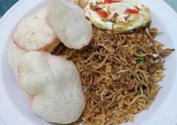 Resep Nasgor pedas ikan teri