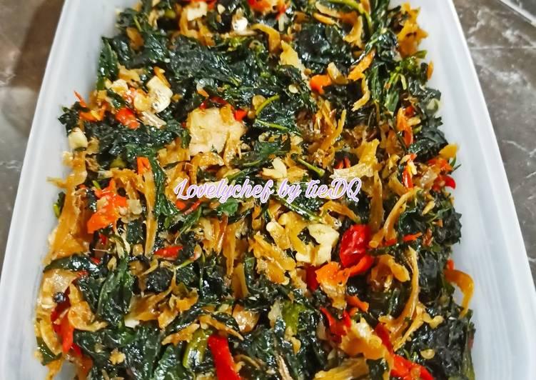 Resep Oseng daun pepaya jepang dengan 2 macam teri
