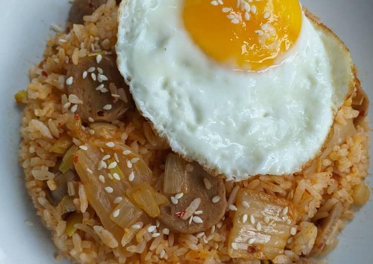 Resep Nasi Goreng Kimchi (Kimchi Bokkeumbap)
