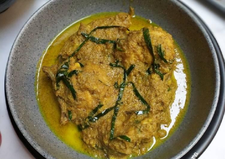 Resep Gulai Ayam Bumbu Poyah