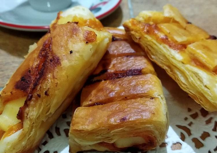 Resep Cheese-Spaghetti Sauce Pastry