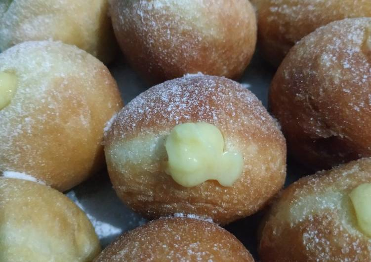 Resep Bomboloni with custard